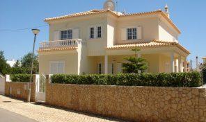 Villa V5 à quelques minutes à pied du centre de Silves