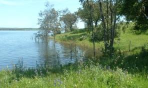 Propriété de 15 hectares et centre équestre au bord d'un lac dans le sud de l'Alentejo