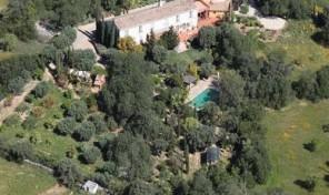Propriété V3 + annexe V2 sur grand terrain proche Santa Barbara de Nexe