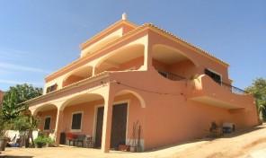 Villa V5 avec annexe T2 et vue campagne à Algoz