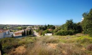 Terrain de 590m2 avec projet approuvé à Albufeira