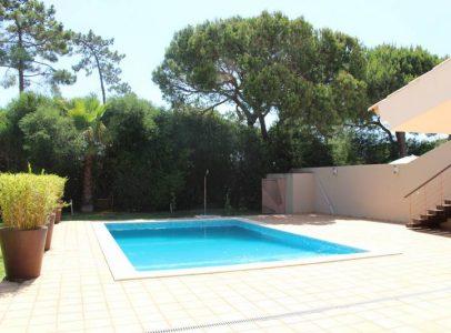 villa v4 avec piscine d eau sal e vilamoura. Black Bedroom Furniture Sets. Home Design Ideas