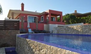 Villa contemporaine V5 avec garage proche plage à Lagos