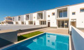 Villas jumelées neuves V4 avec piscine privée à Albufeira