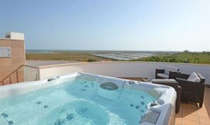 Maison jumelée T3 proche plage de Fuseta en Algarve