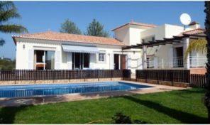 Villa V4 avec double garage proche S. Brás de Alportel