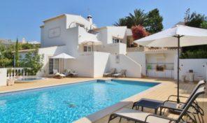 Propriété en vente V4 dans complexe de golf en Algarve