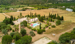 Propriété de 2 maisons sur 6.3 hectares proche Silves