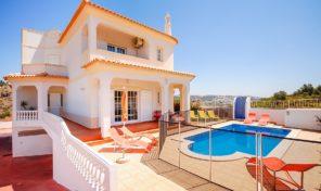 Villa V4 vue mer et proche plage à Albufeira