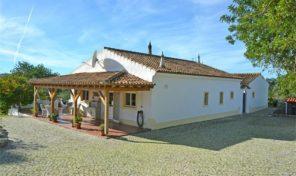 Villa V4 avec grand terrain proche S. Brás de Alportel