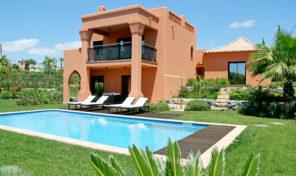 Villa V4 dans resort golfique proche Alcantarilha