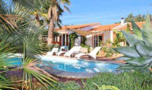 Villa divisée en 3 appartements indépendants en Algarve