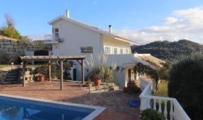 Villa V4 avec vue campagne proche Sao Brás de Alportel
