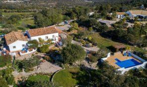 2 Villas V2 avec grand terrain proche S. Brás de Alportel