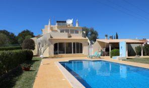 Villa confortable V3 proche Lagoa et Carvoiero