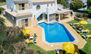 Villa V4 avec piscine chauffée proche Albufeira