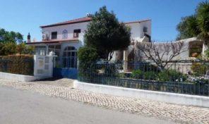 Villa V5 avec garage proche Moncarapacho