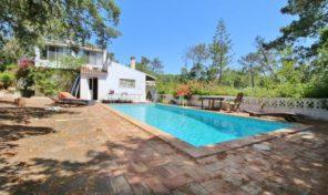 Villa V4+1 et annexe avec potentiel proche Praia da Luz