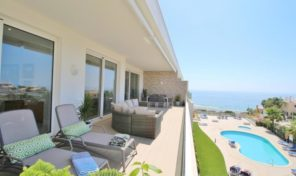 Appartement T3 luxueux avec garage et vue mer à Lagos