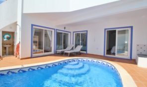 Villa V3+1 avec garage et piscine proche Salema