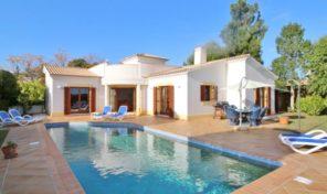 Villa V3+1 vue campagne dans complexe écologique en Algarve