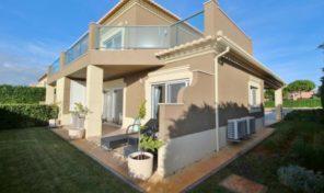 Villa mitoyenne V3 dans resort golfique  Boavista