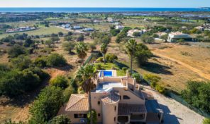Villa V4 proche plage et golf Salgados