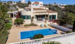 Villa V3 avec garage proche Albufeira