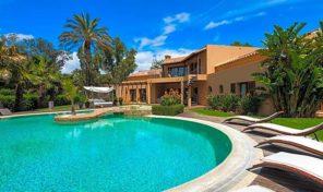 Villa V4+2 piscine eau salée au coeur d'un parcours de Golf à Alvor
