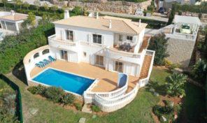 Villa V3  dans complexe de Golf avec piscine privée à Budens