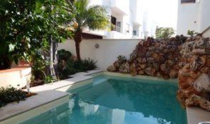 Villa T3+1 avec garage et piscine proche Tavira