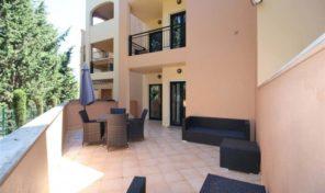 Appartement T2 dans beau condominium proche Lagos