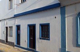 Maison de ville T2 à rénover dans le village Santa Luzia
