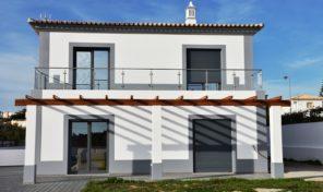 Villa neuve V4 proche Armaçao de Pêra et Albufeira