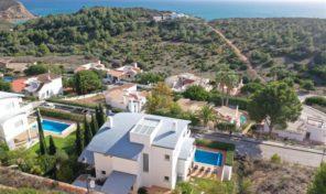 Villa contemporaine V3+1 avec vue mer en Algarve