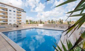 Appartement T3 avec garage et piscine en centre ville à Lagos