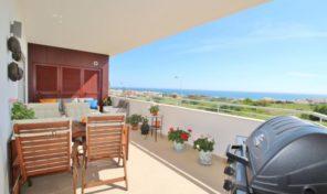 Appartement T2 avec garage et vue mer à Lagos