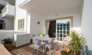 Appartement T2 rénové dans station balnéaire à Praia da Luz
