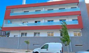 Appartement T3 en construction avec garage á Tavira