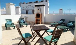 Appartement T2 avec garage et toit terrasse privé à Tavira