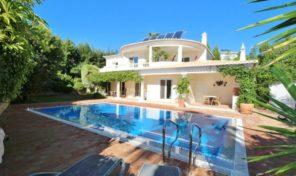 Villa V4 avec garage et vue mer à Praia da Luz