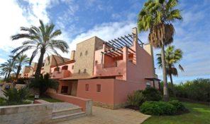 Maison T3 dans beau complexe à Vilamoura