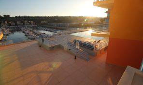 Appartement T2 en première ligne à la marina d'Albufeira