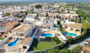 Villa rénovée V3+1 vue mer à Praia da Luz