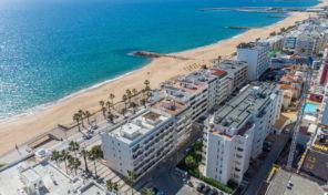 Appartement rénové T2 en front de mer à Quarteira