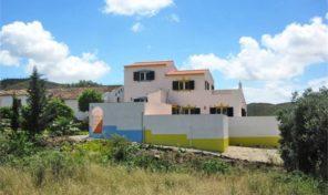 2 maisons mitoyennes T3 à la campagne proche Tavira