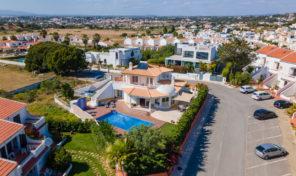 Villa V4 plage accessible à pied proche Albufeira