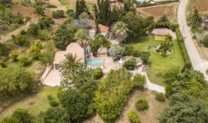Maison de campagne V2 et cottage T2 avec grand terrain