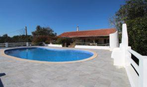 Quinta V3 avec grand terrain proche Paderne