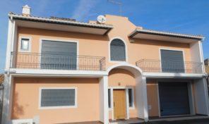 Maison T3 avec garage proche Albufeira